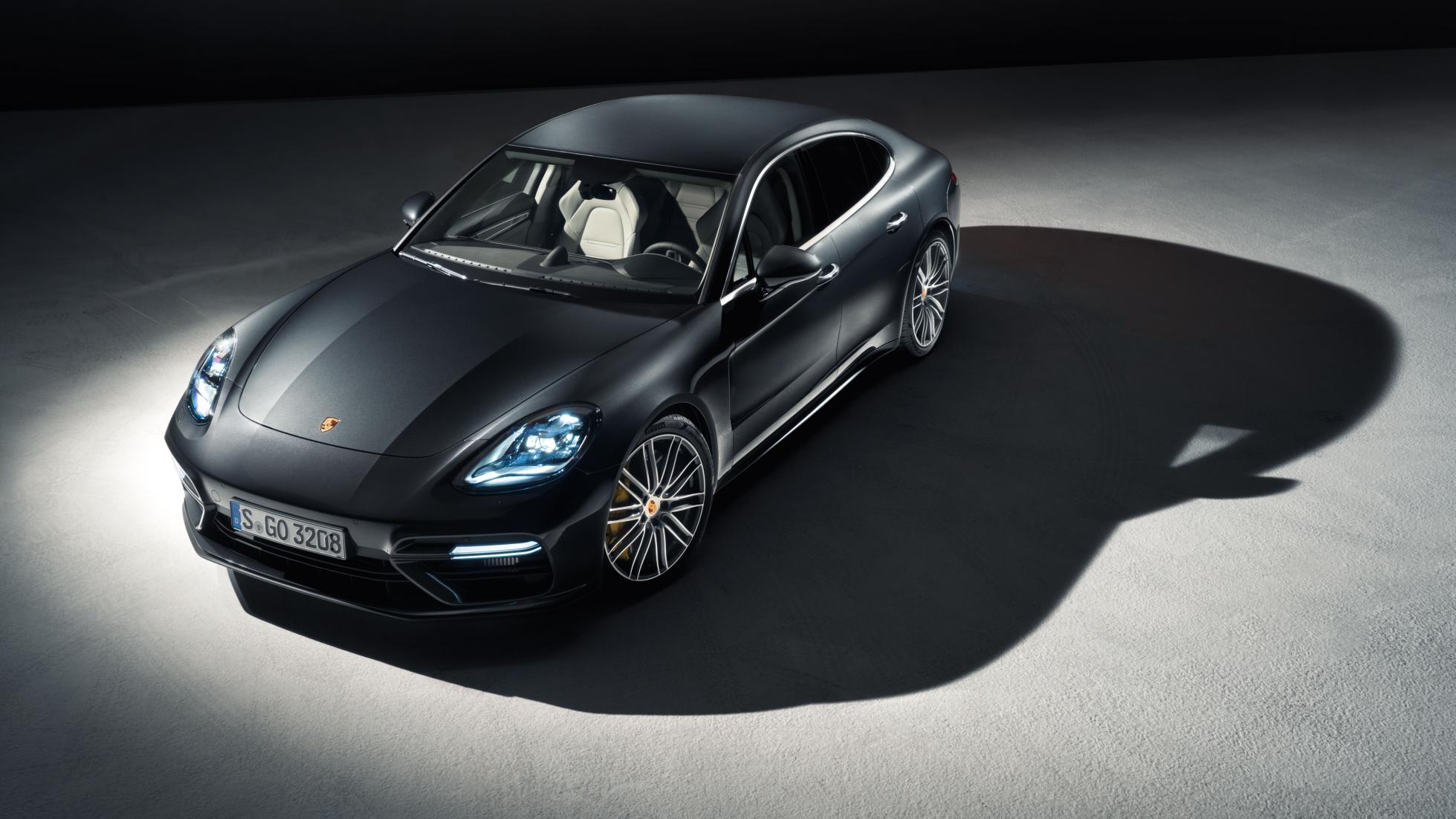 Универсал Porsche Panamera Sport Turismo дебютирует в Париже