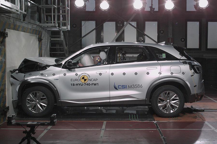 Водородный кроссовер Hyundai Nexo получил пять звезд в краш-тестах Euro NCAP
