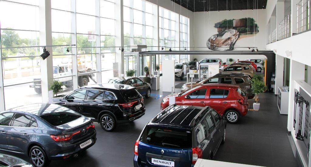 Продажи легковых авто вРФ увеличились впервом полугодии