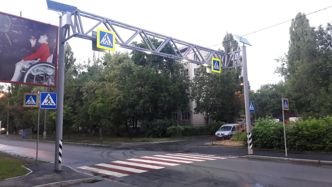 До конца года в Киеве установят подсветку 260 пешеходных переходов