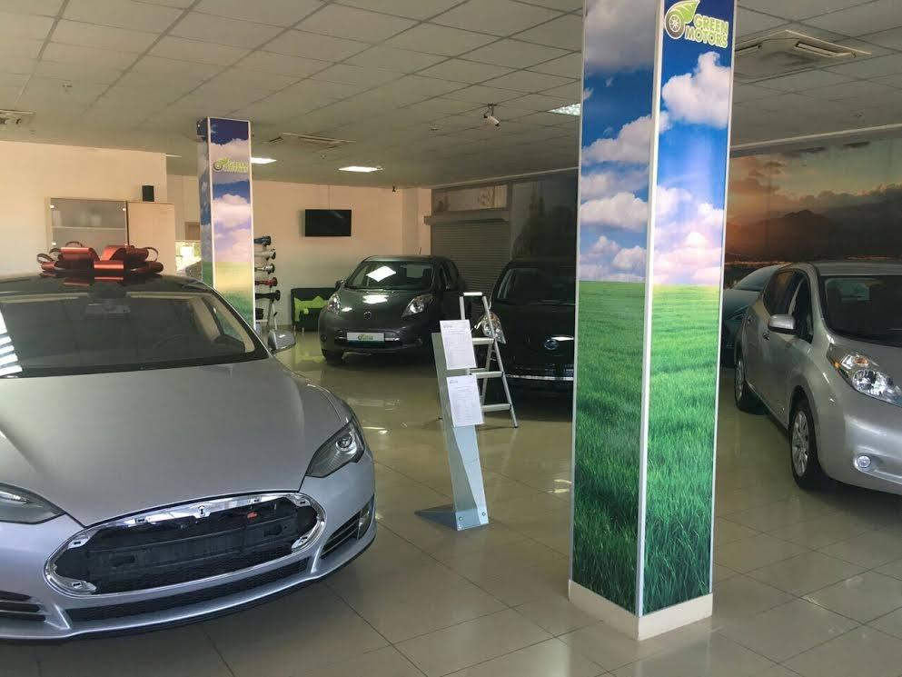 ГФС раскрыла схему безналогового ввоза электромобилей