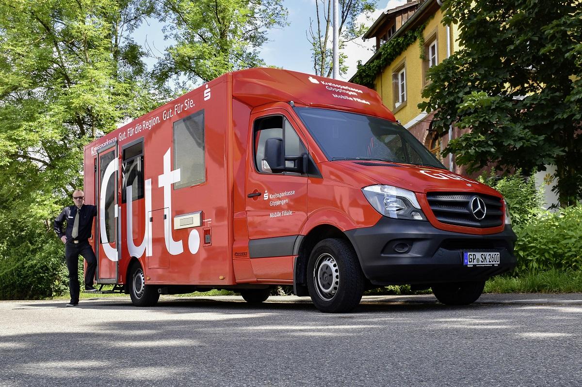 Немцы превратили Mercedes-Benz Sprinter в банк на колёсах