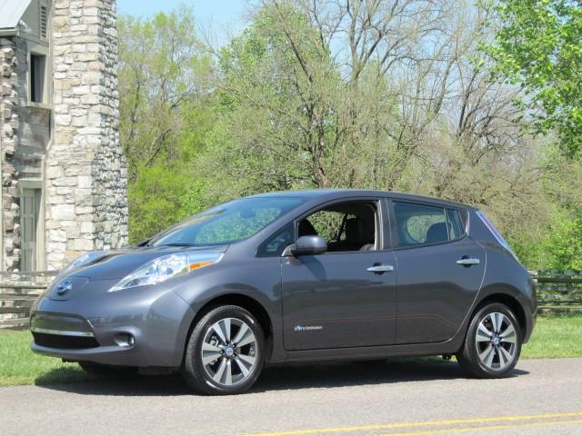 Nissan отозвал 47 тысяч хэтчбеков Leaf из-за проблемы с тормозами