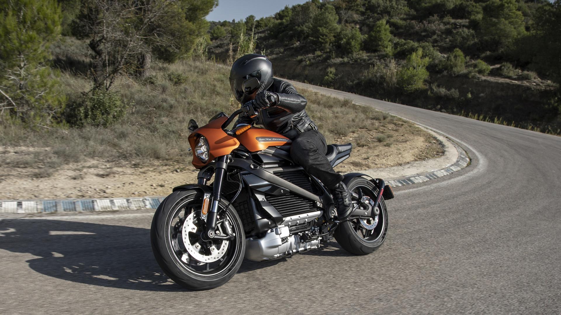 Объявлена стоимость электрического мотоцикла Harley-Davidson LiveWire