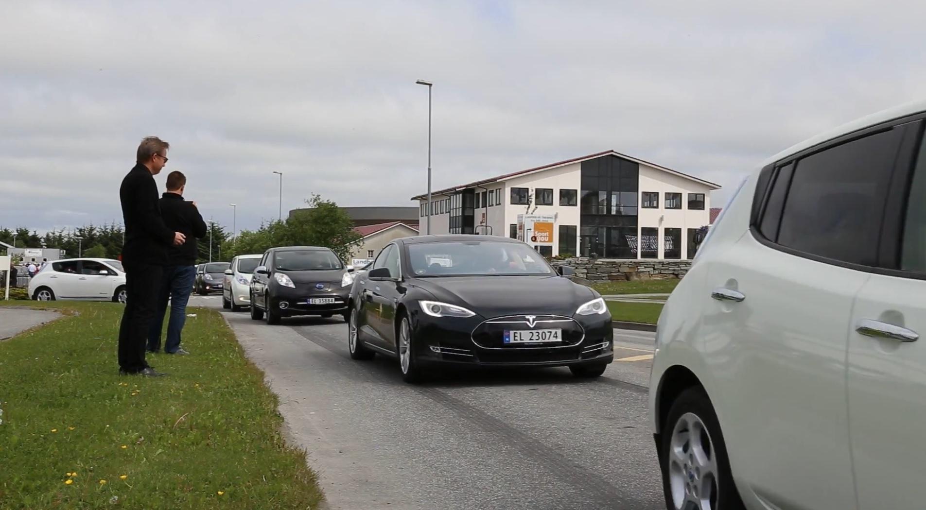 Власти Норвегии предложили запретить продажи автомобилей с ДВС