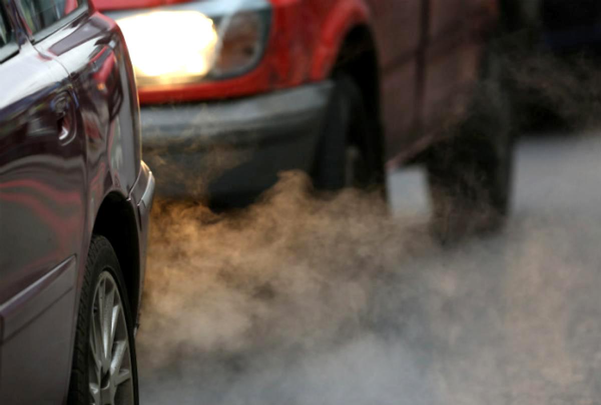 Немецкие концерны обвинили в испытаниях выхлопов автомобилей на людях