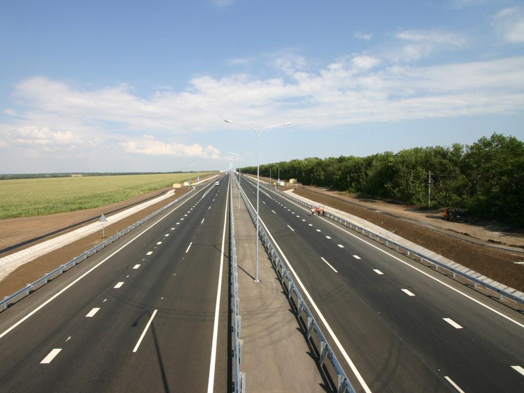 Десять автобанов и два завода по производству электромобилей — Кабмин утвердил Национальную транспортную стратегию