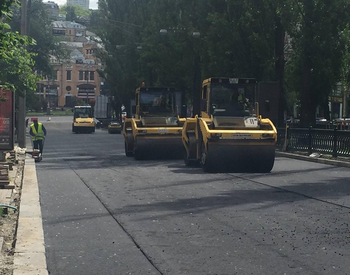 В Киеве запретят ремонт дорог днём