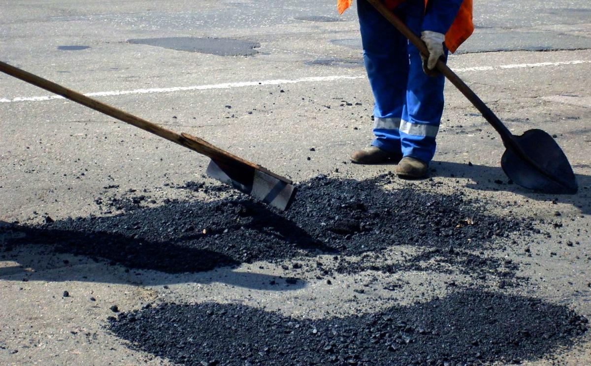 Полуразрушенную трассу Н-11 отремонтируют до конца 2016 года