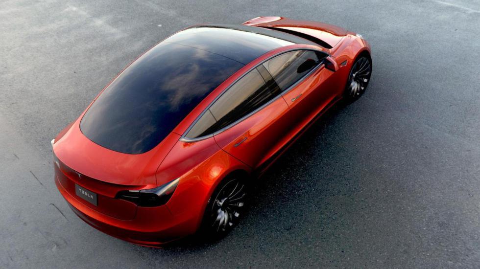 Tesla сообщила об отмене 12.2 тысяч заказов на Model 3