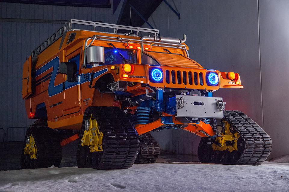 Американцы отправят на Южный полюс гибридные гусеничные «Хаммеры»