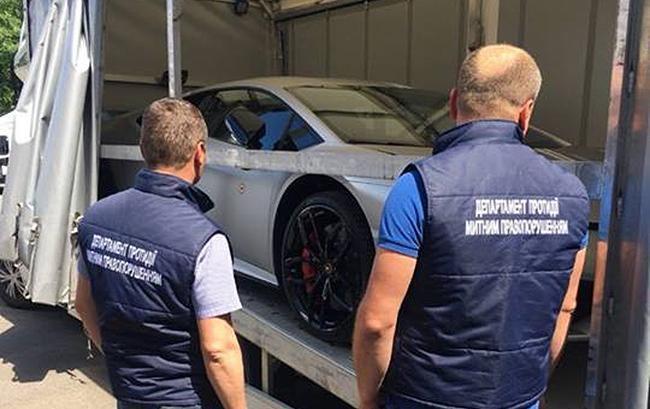 Таможня конфисковала нерастаможенный Lamborghini Huracan