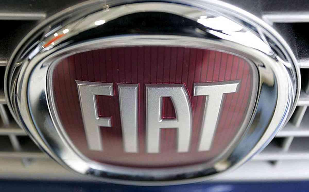 Fiat Chrysler в Германии заподозрили в манипуляциях с вредными выбросами