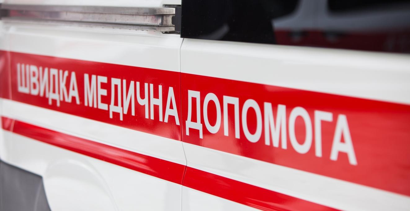 Мэрия Киева передала медучреждениям 15 новых автомобилей скорой помощи