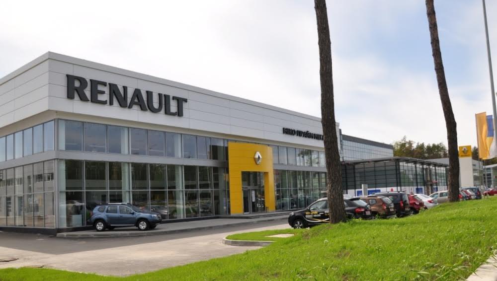 Renault Duster вышел в лидеры продаж украинского рынка
