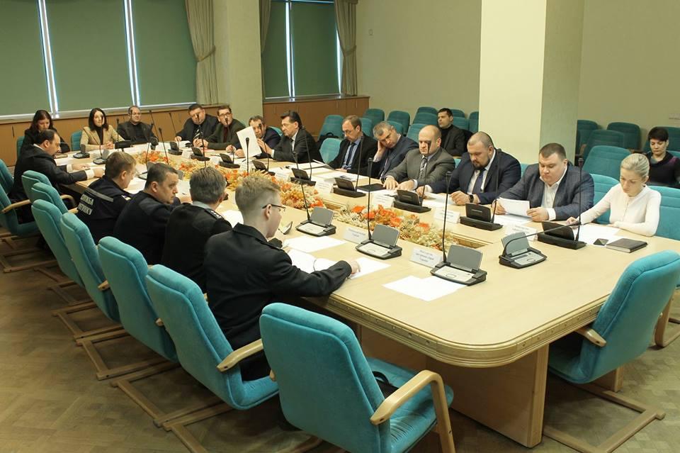 В Украине разработают стратегию повышения безопасности дорожного движения