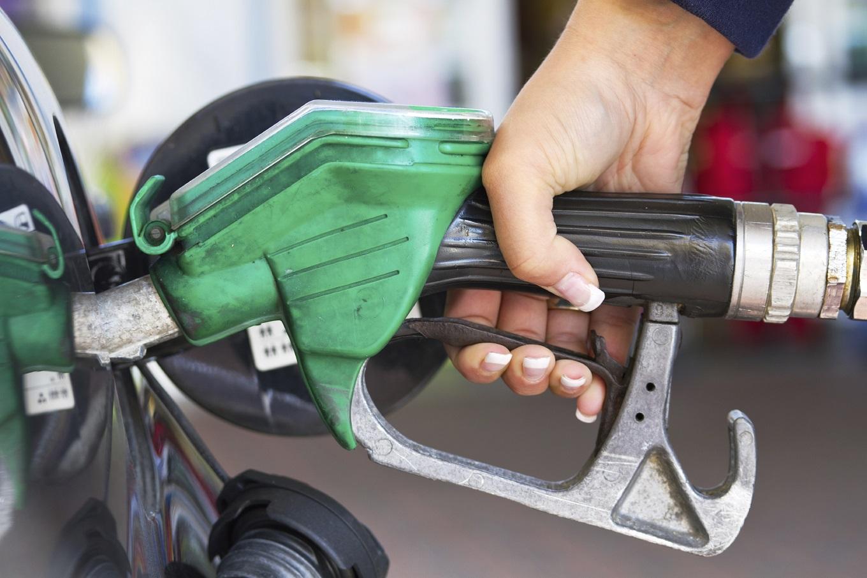 «Укртатнафта» начала выпускать бензины Евро-5
