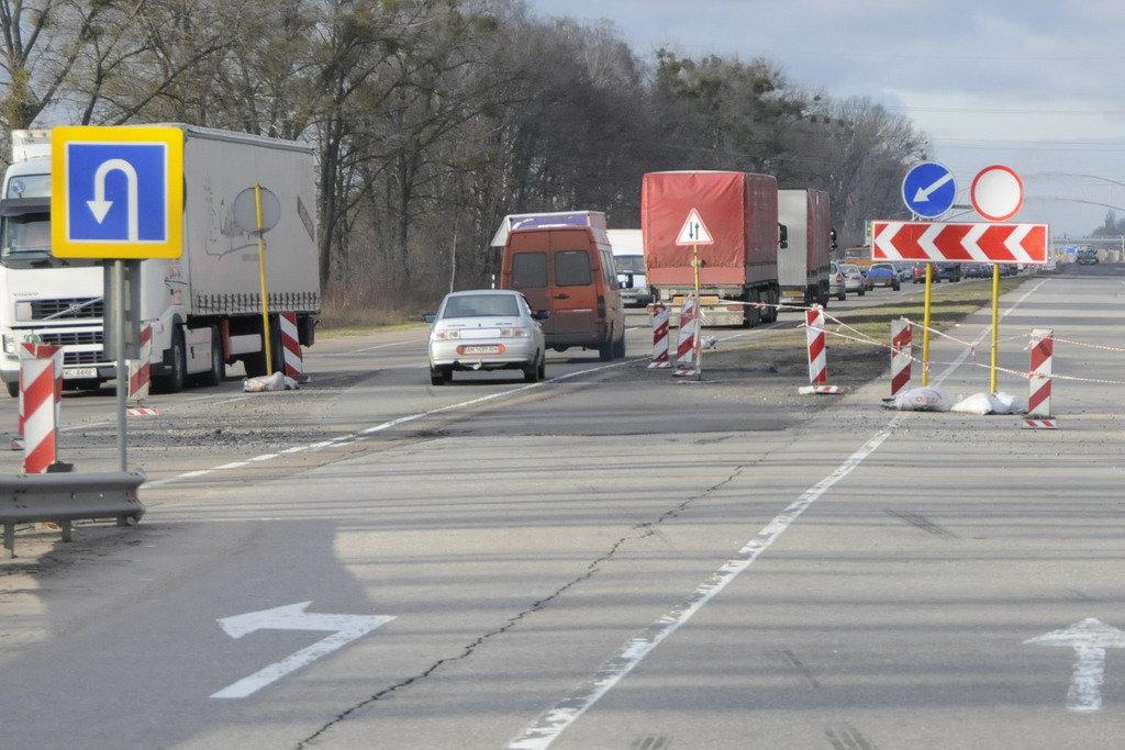 ВУкравтодоре рассказали, покакому принципу будут ремонтировать дороги в2017 году
