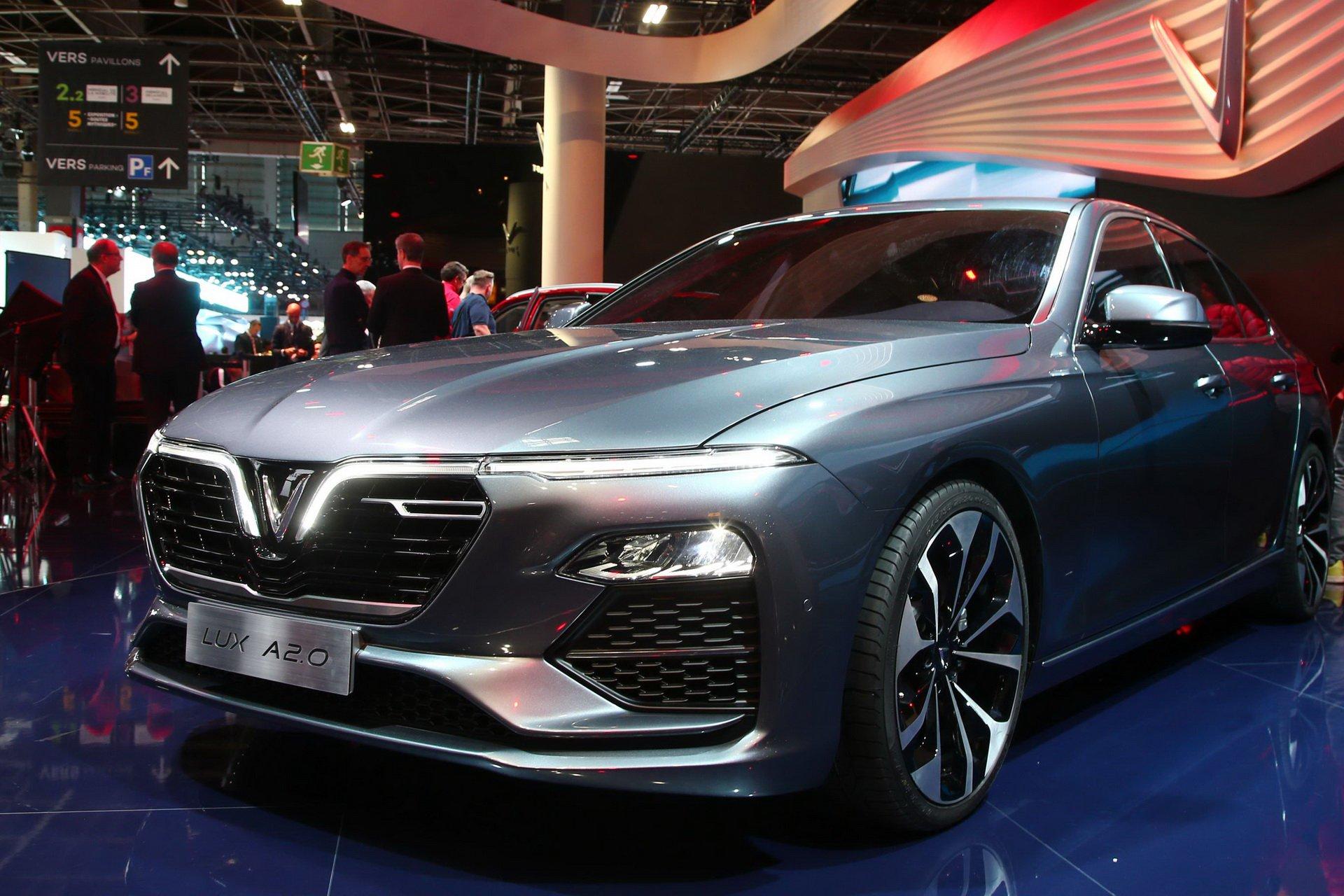 Париж 2018: вьетнамцы представили автомобили на базе BMW