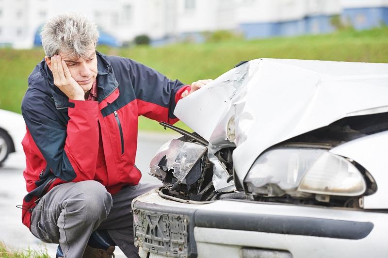 Автовладельцам пообещали прямое урегулирование по ОСАГО в 2016 году