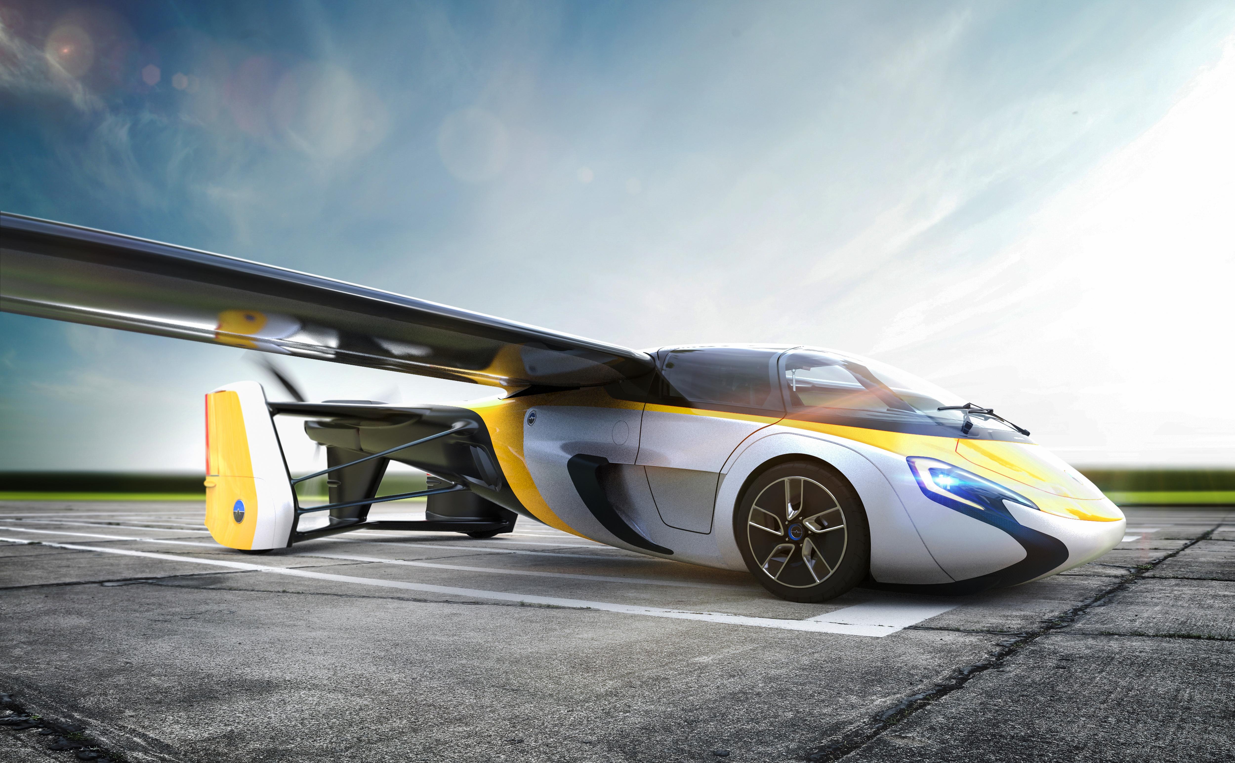 Летающий автомобиль от Aero Mobil можно будет приобрести уже в конце 2017
