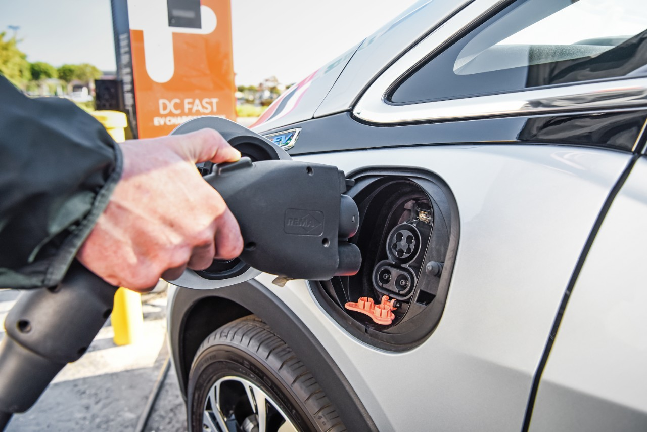 В прошлом году вмире было реализовано неменее млн. электромобилей