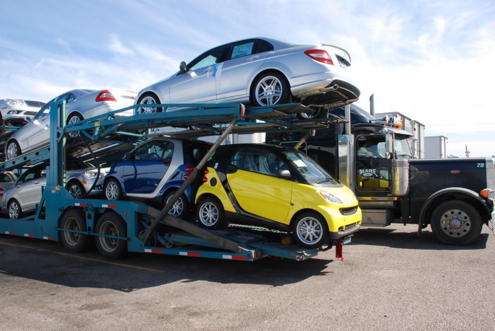 Импорт легковых автомобилей вУкраину вырос вполтора раза