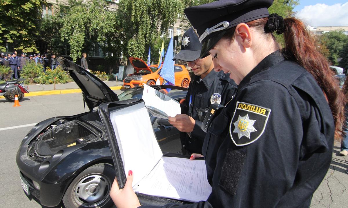 Троещинские водители оказались самыми законопослушными в Киеве