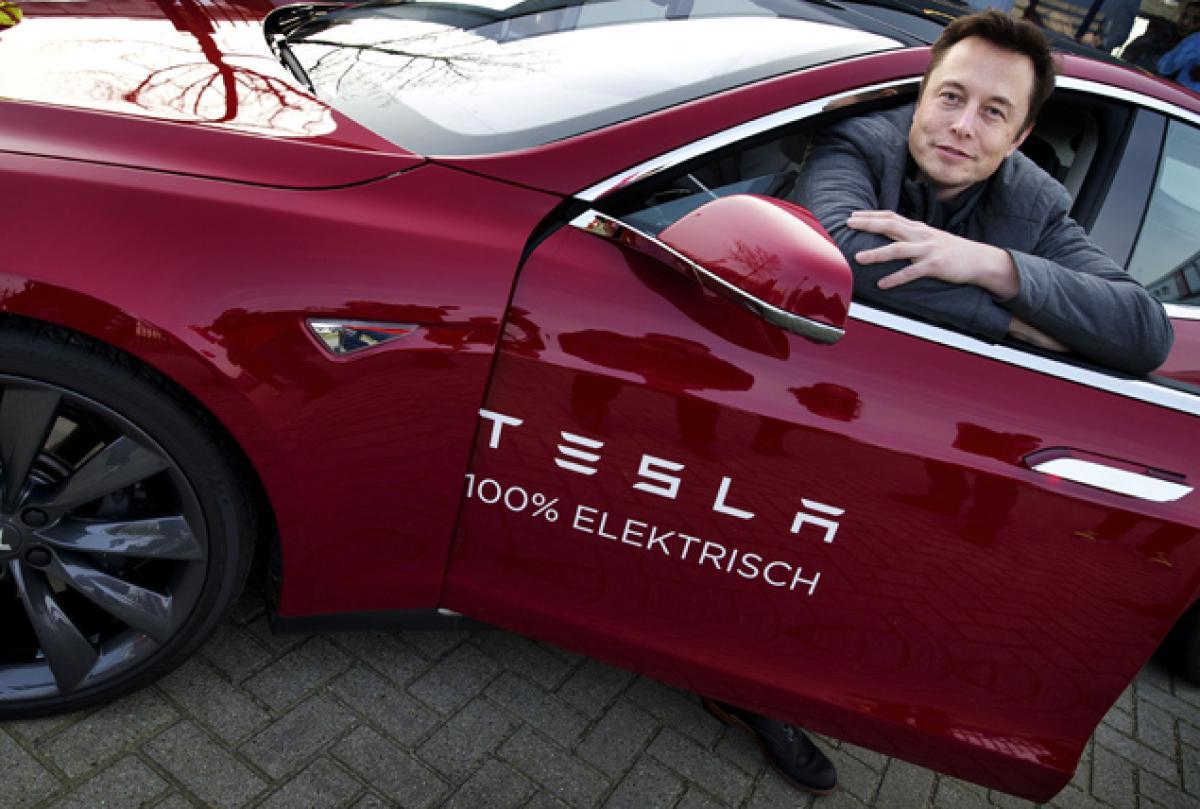 Руководитель Tesla предсказал мрачное будущее для водителей
