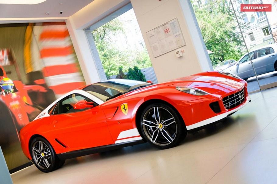 Ferrari и Lamborghini перестанут официально продавать в Украине