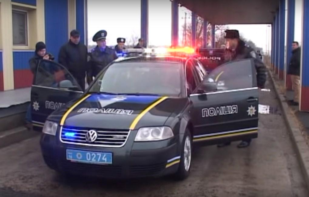 Автомобили ГАИ Одессы загримировали под полицейские