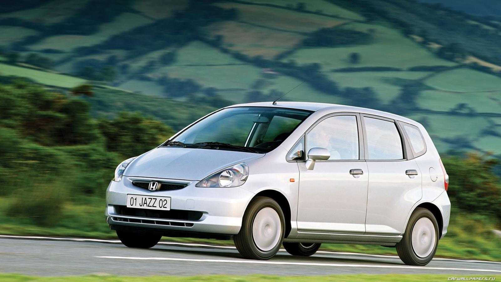 Автомобили, автомобилисты и все, что с ними связано - Страница 3 Honda-jazz-2001--002