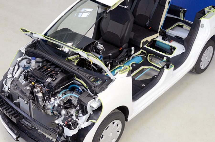 Глава Peugeot посетовал на чиновников «убивающих» перспективную технологию