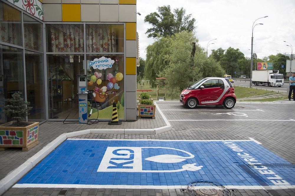 KLO начнет взымать плату за подзарядку электромобилей