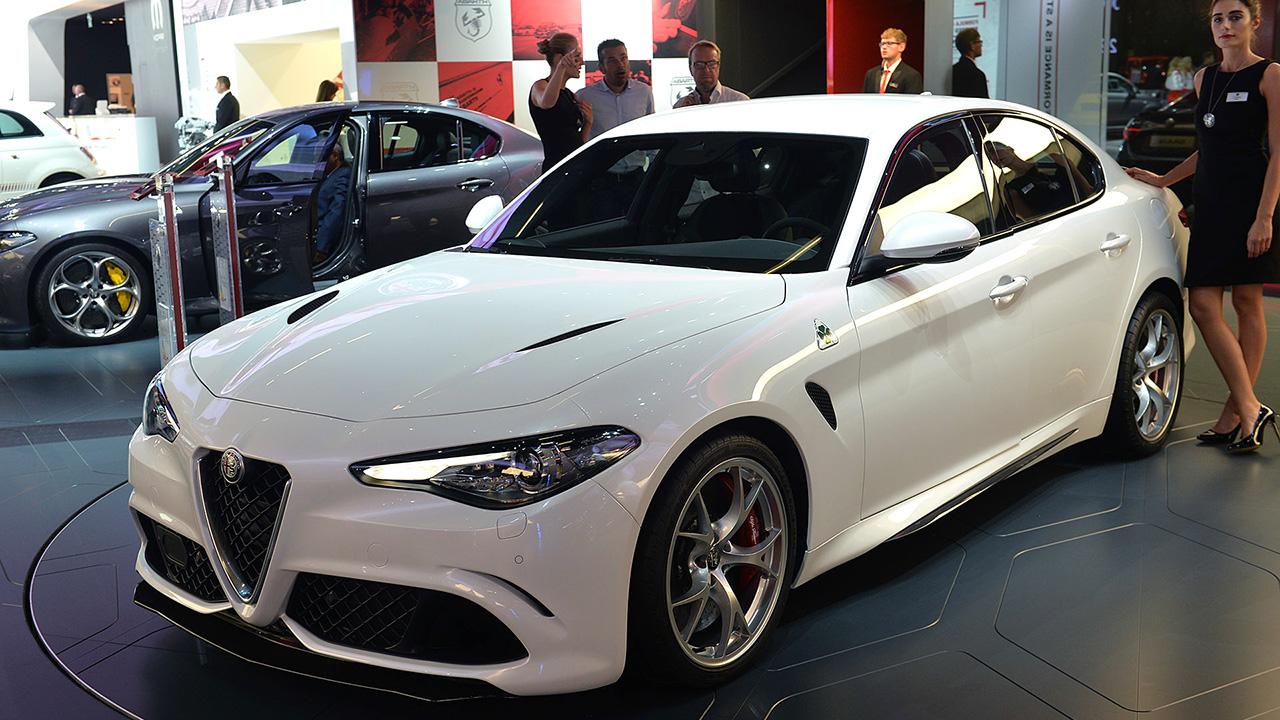 Раскрыта линейка моторов седана Alfa Romeo Giulia