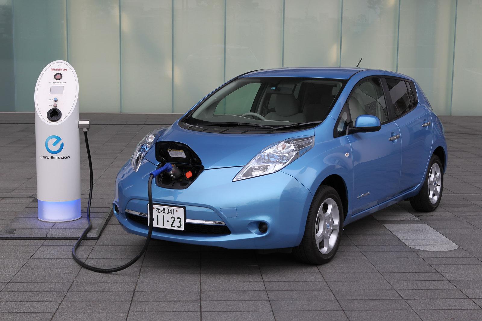 Австралиец взломал Nissan Leaf через интернет