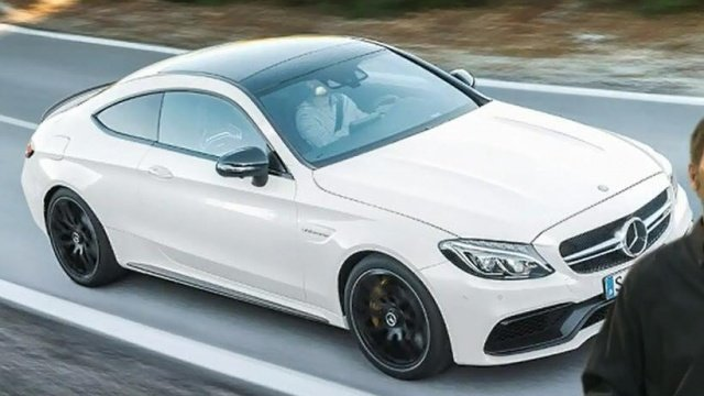 Mercedes-AMG дразнит новым С63 S Coupe