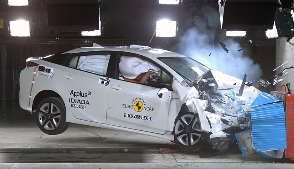Новый Toyota Prius первым прошёл обновлённые краш-тесты Euro NCAP