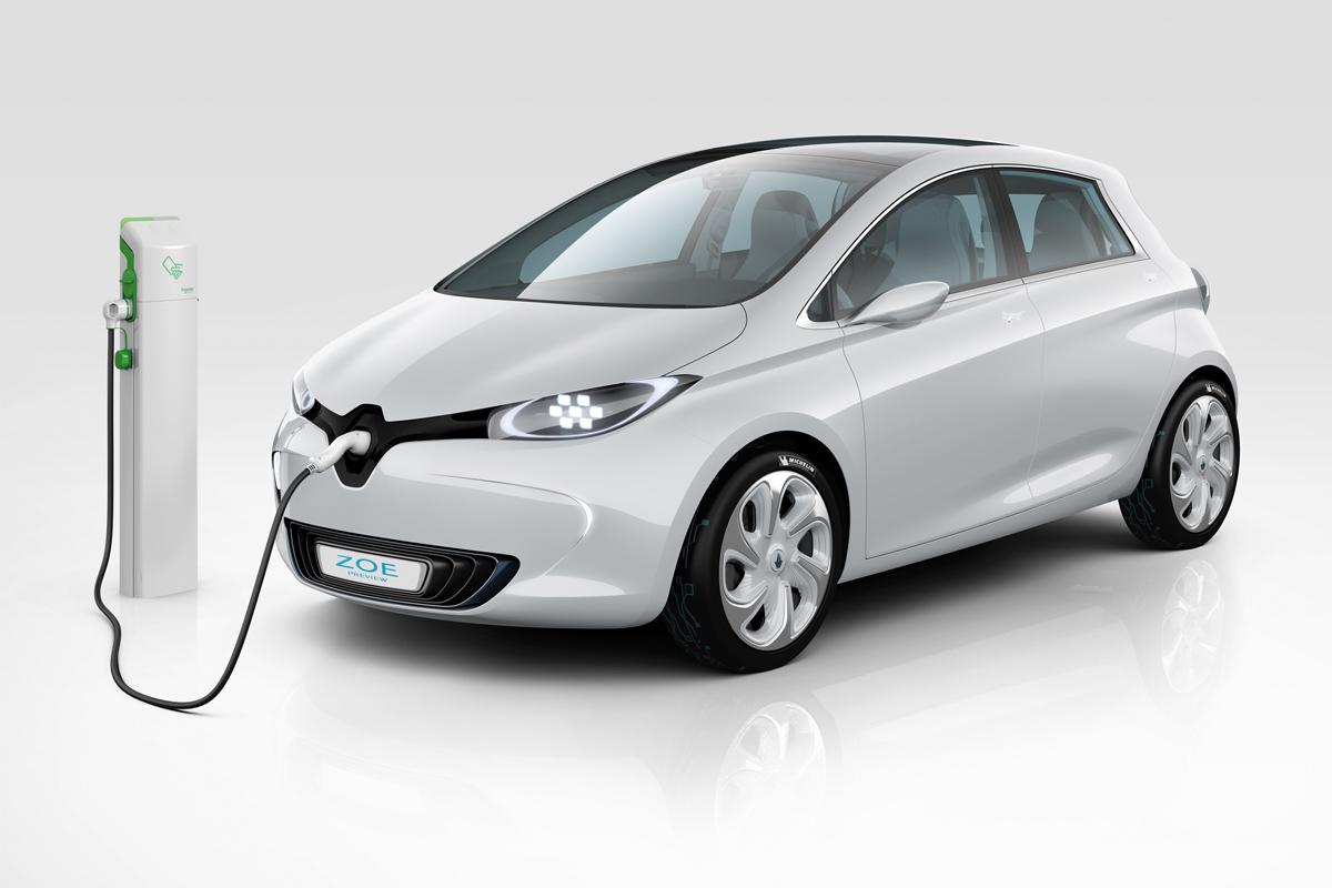 Nissan разрабатывает электрокар дешевле Leaf