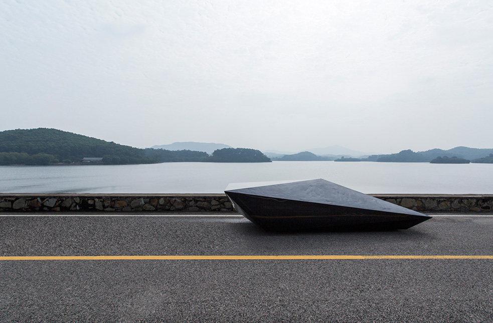 Дизайнеры превратили Lamborghini Countach в нечто абстрактное
