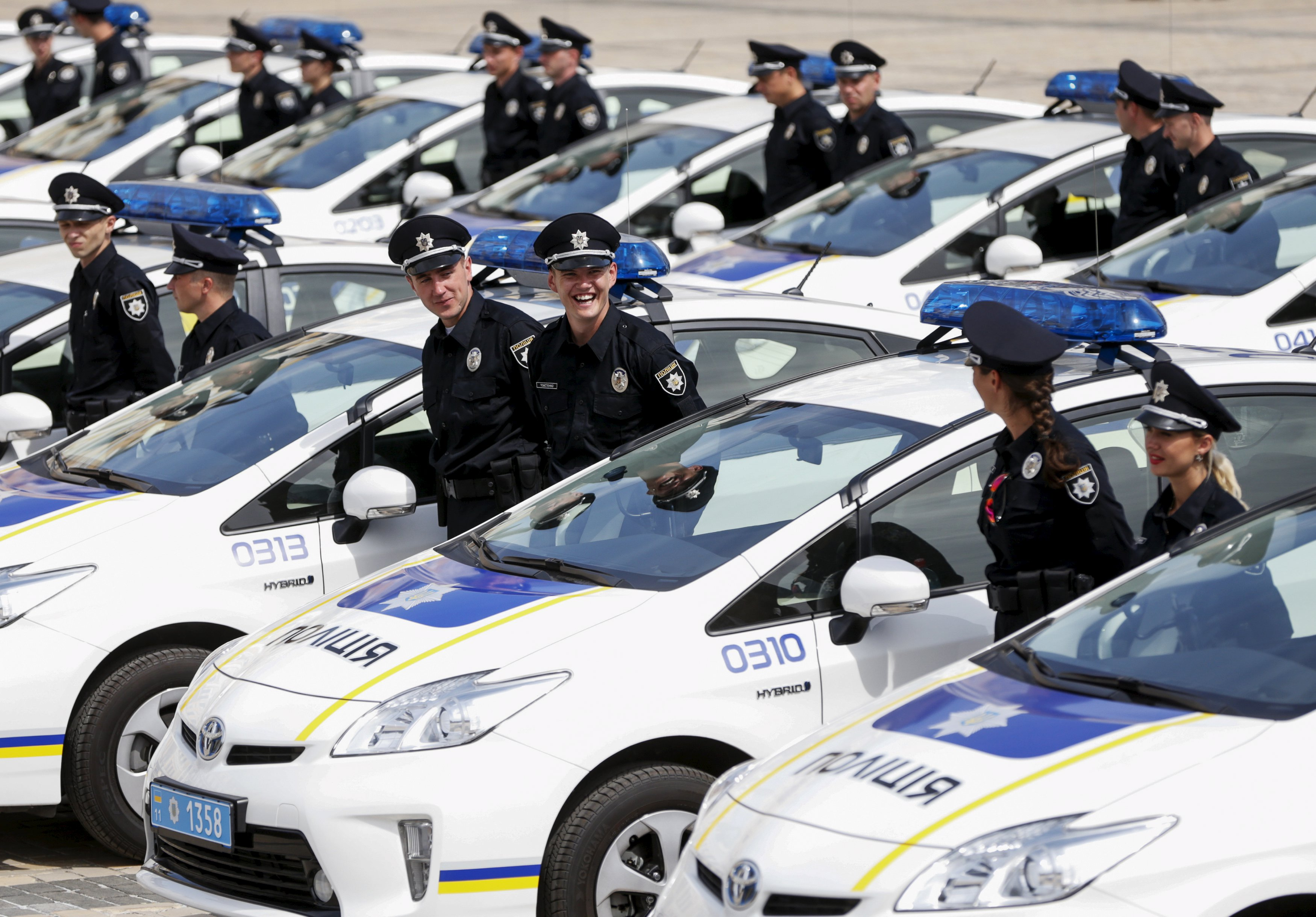 Полиция ищет замену Toyota Prius
