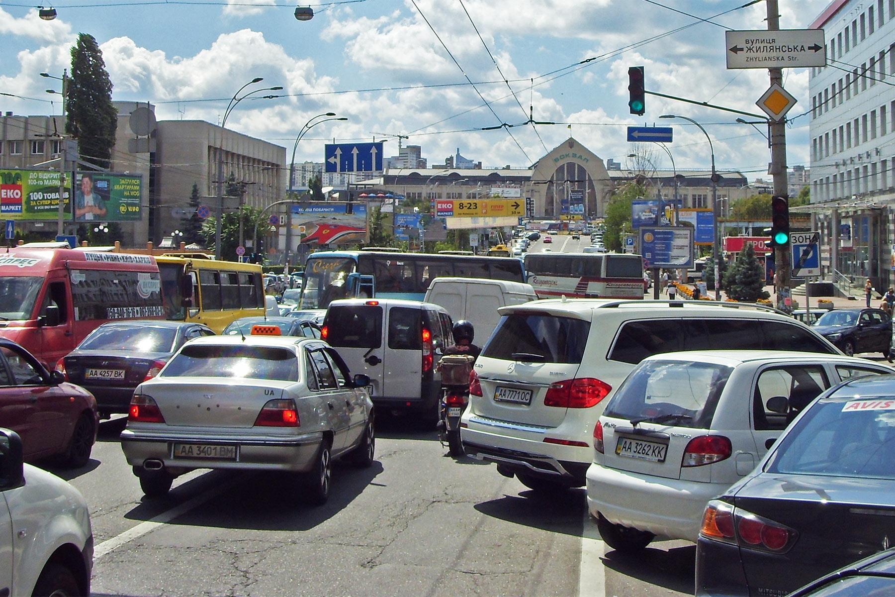 К 2020 году в Киеве появится 125 тысяч паркомест