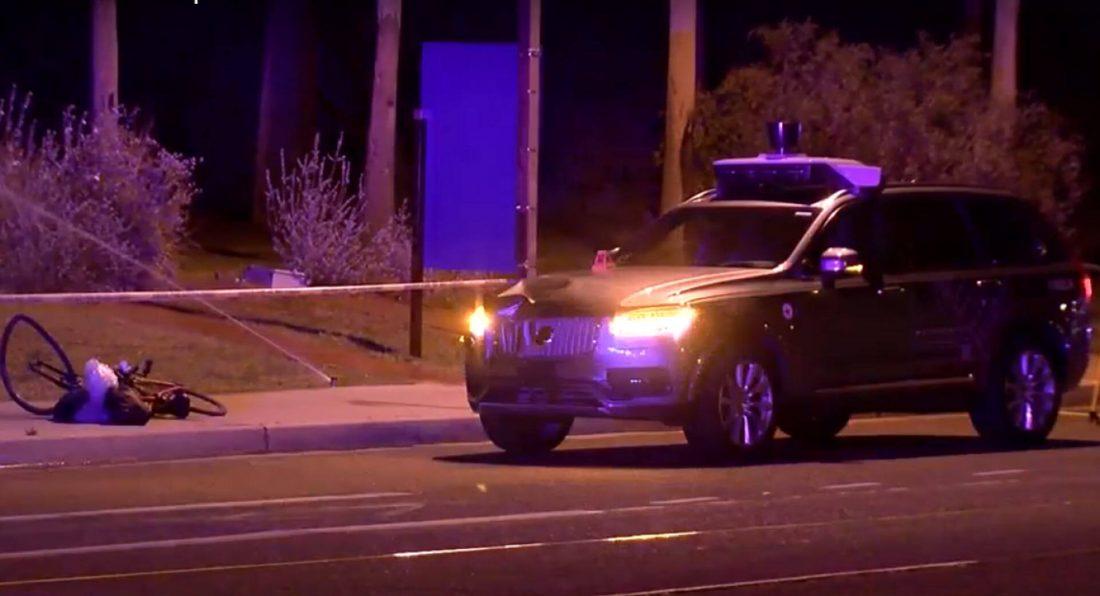 Беспилотник Uber насмерть сбил человека в США