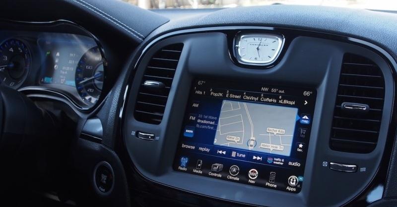 Fiat Chrysler полтора года скрывал опасную уязвимость автомобилей