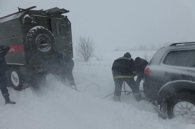 Укравтодор предупредил о возможности новых перекрытий автодорог
