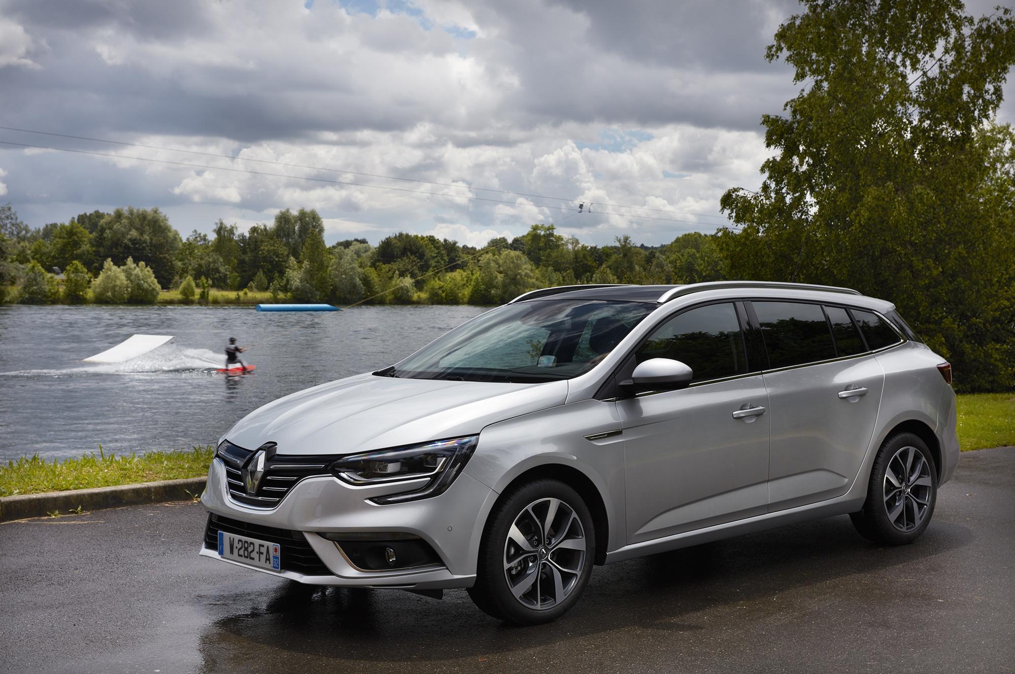 Новый Renault Megane Estate подготовили к выходу на рынки