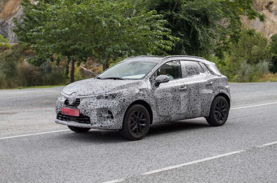 Renault вывела на тесты Captur нового поколения