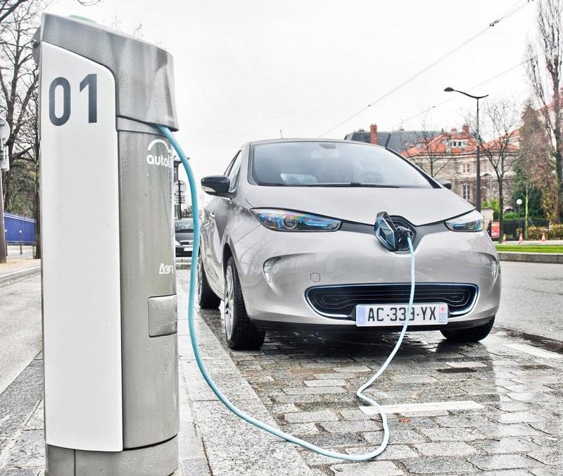 Электромобиль Renault Zoe сможет уехать дальше