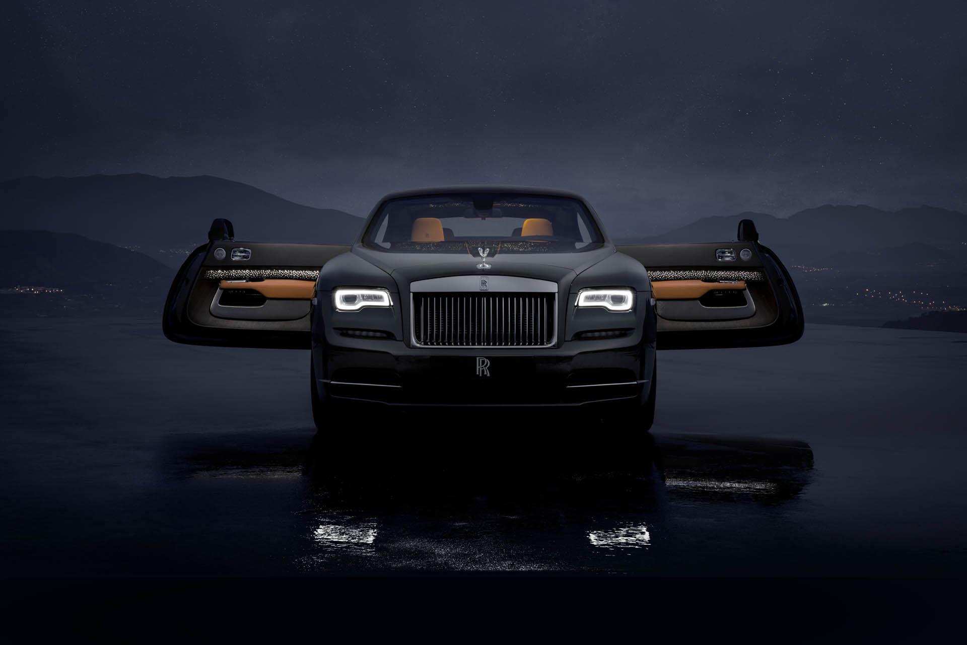 Потолок Rolls-Royce Wraith украсили «падающие звезды»