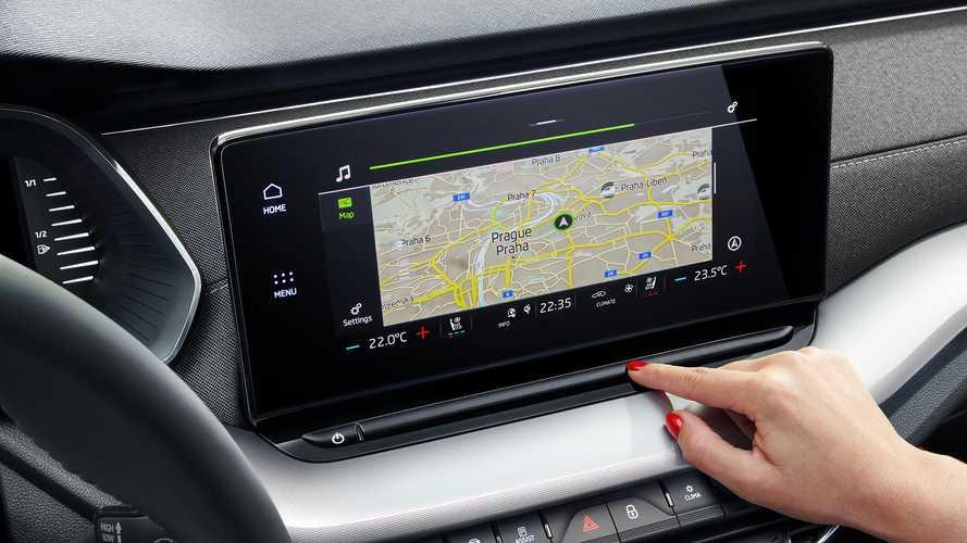 Škoda приостановила поставки новой Octavia